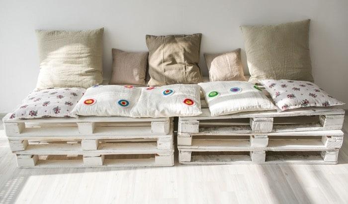 Recyclage des palettes en bois en pièces de mobilier modernes !