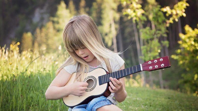 Les erreurs à ne pas commettre quand on se lance dans la guitare